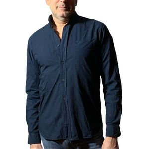Fred Perry Men's Dark Blue Button-Down Size M